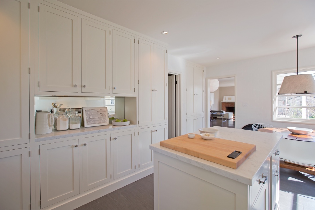 william-adams-design-interior-design-and-architecture-home-remodeling-san-francisco-california-leona-heights-white-kitchen-cabinets-island.jpg