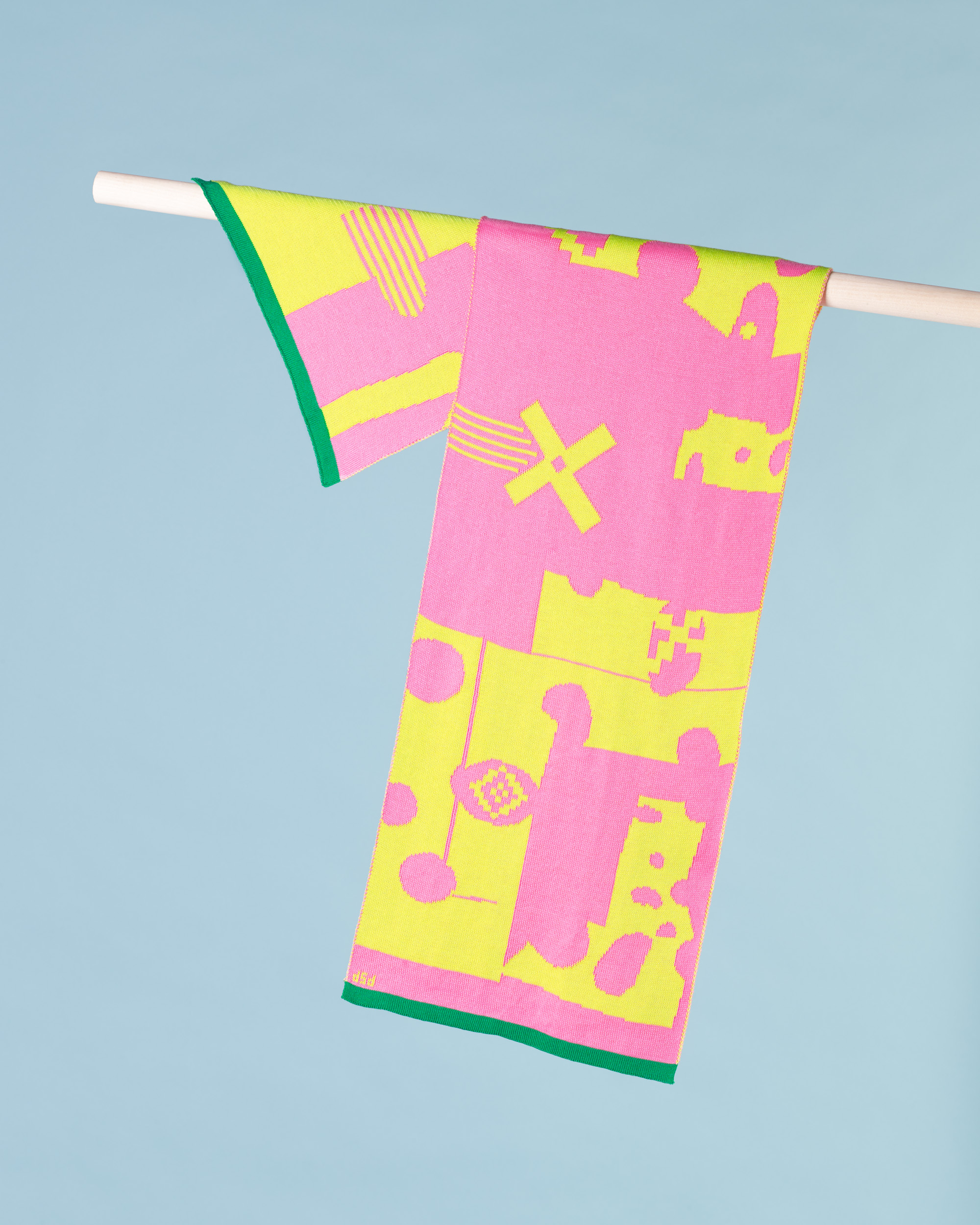 CUT OUT SCARF - PINK & LIME