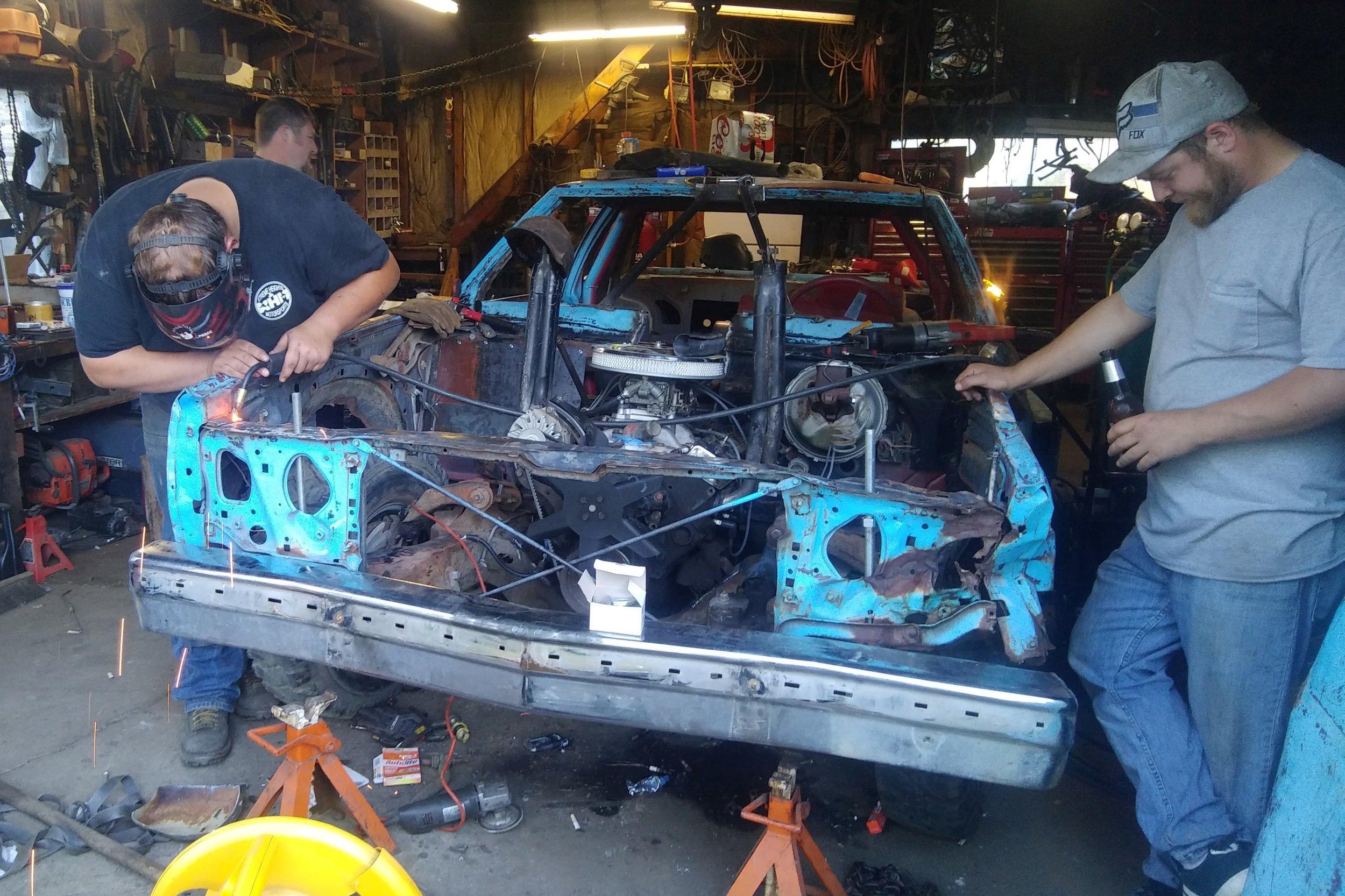 #911 Creighton Moore - Hometown: Elgin, ORAge: 34Experience: 1 yearSponsors: Western Steel Supply, Wolfco Timber Services, S.K.N. Lumber, Elgin Auto Parts, C'Zers Drive-In, Les Schwab
