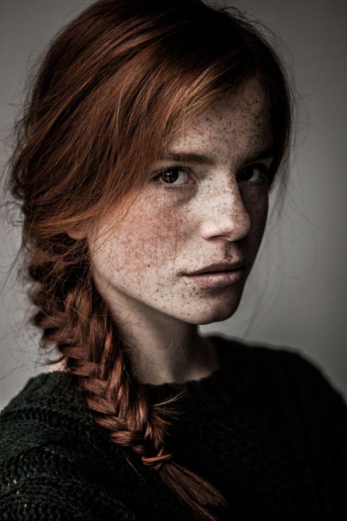 freckles-redheads-beautiful-portrait-photography-1-583565b6ec2c3__700.jpg