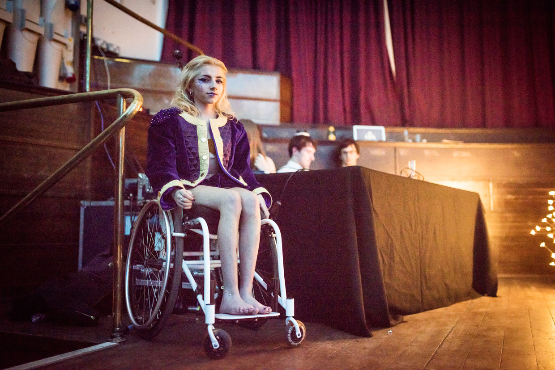 hjorthmedh-cambridge-university-fashion-show-15.jpg