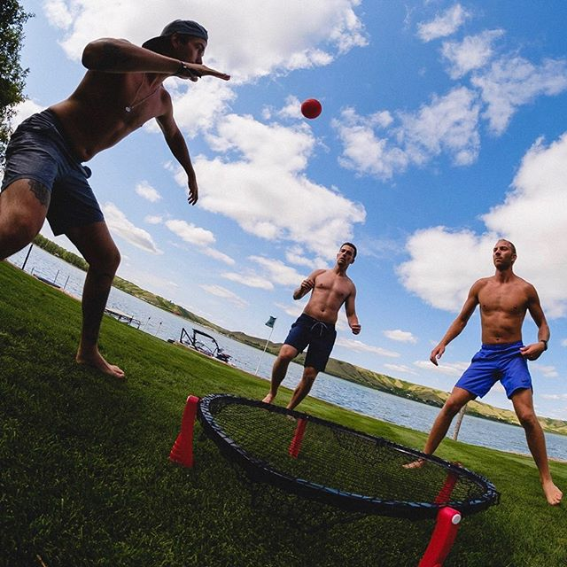 Flew to Regina for a softball tournament, ended up dominating spikeball instead. Thanks for having me @mcmorrisfdn and to all you beautiful Regineese for making it the best weekend of the summer.