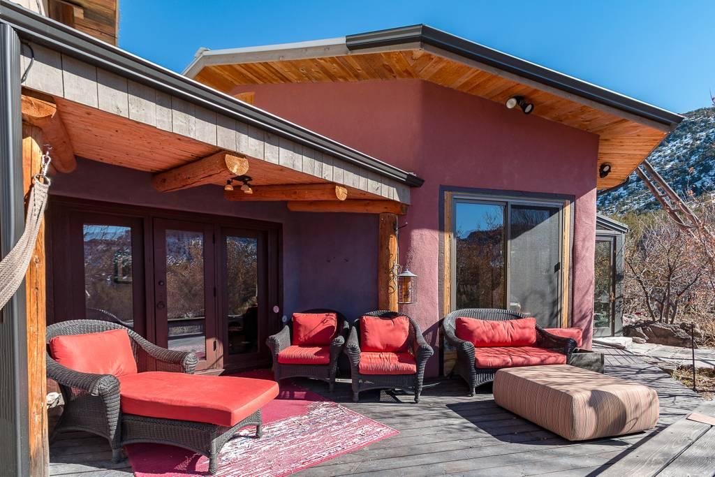 Outdoor Red Patio Set.jpg