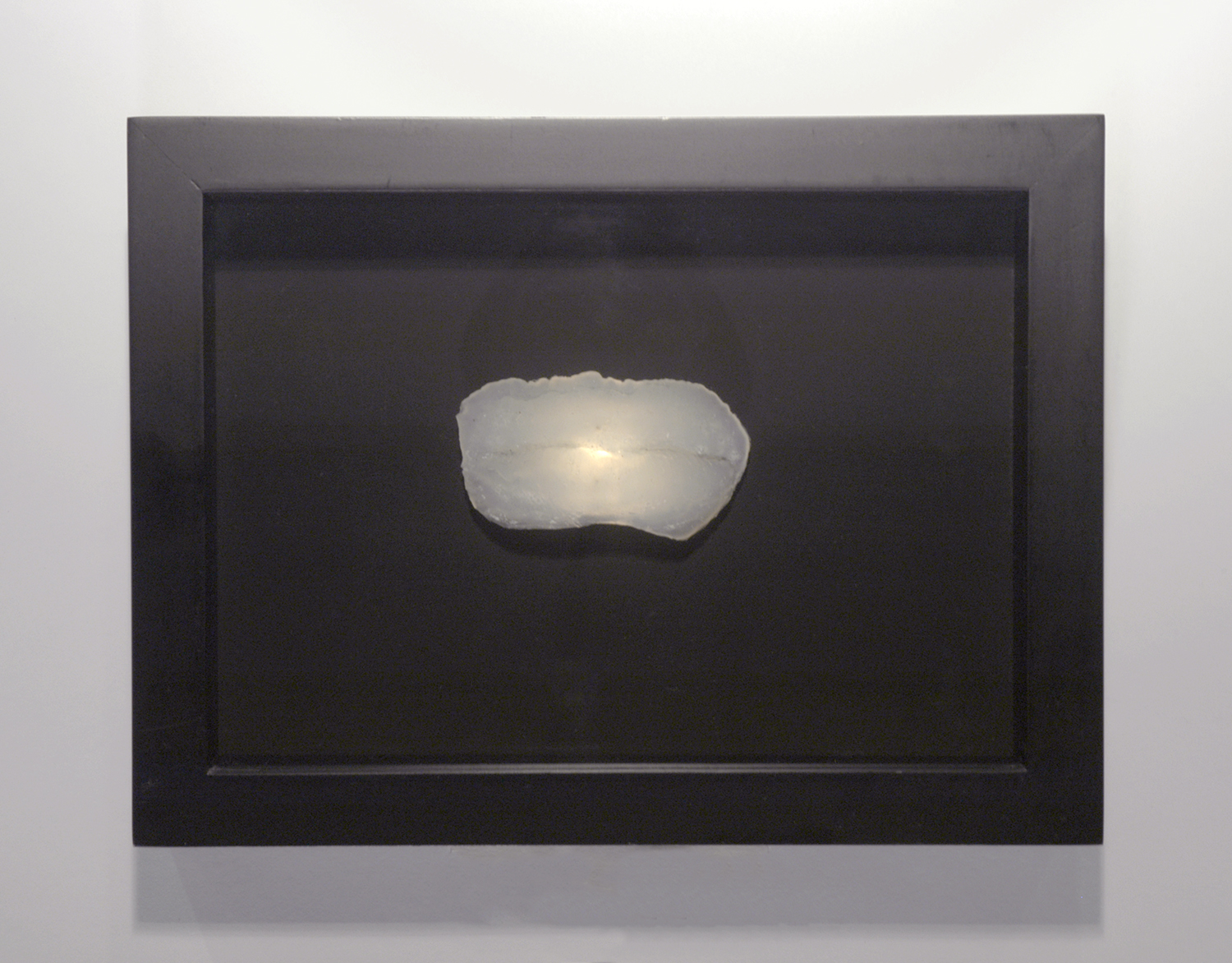 Samples, Jenny's Lips , 2003, silicone imprint, light and box frame.