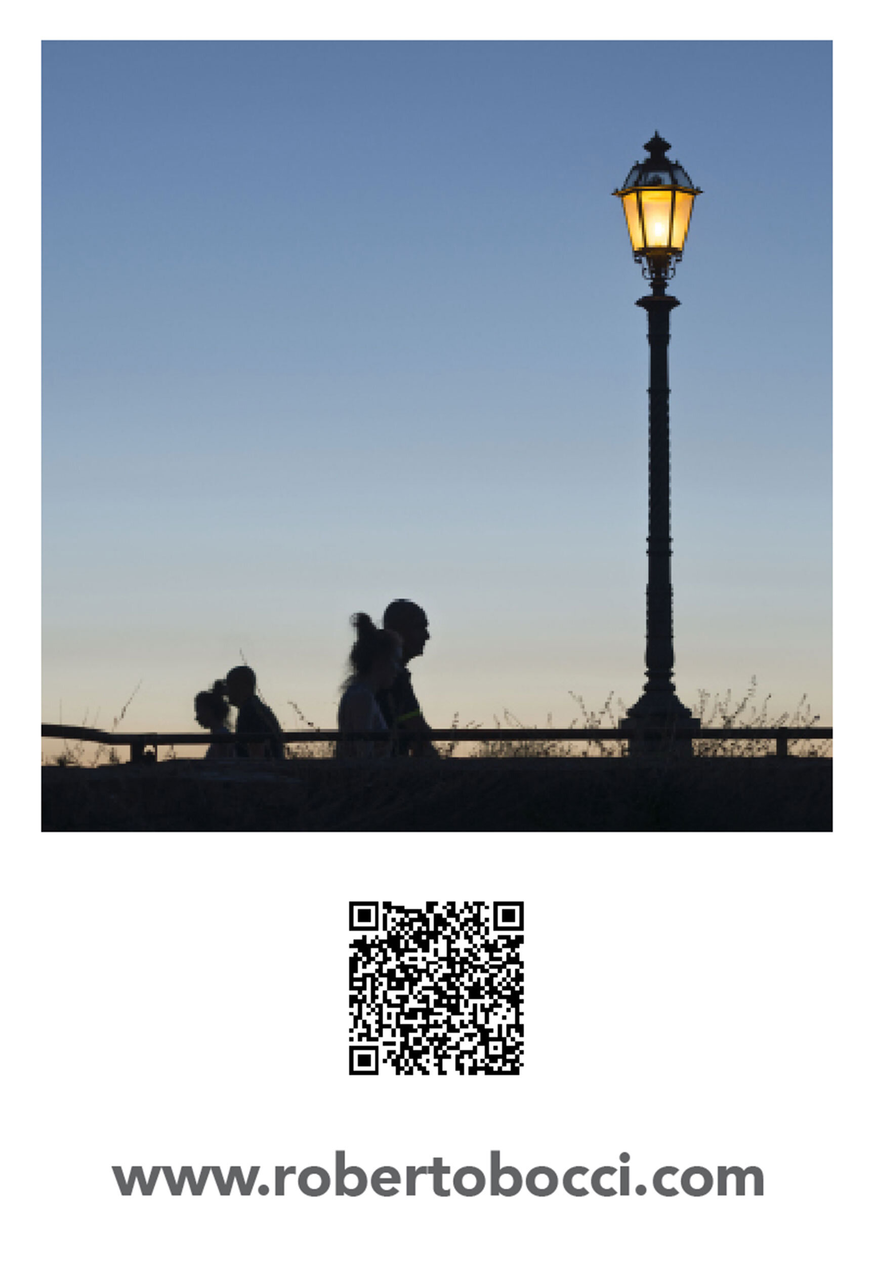 In the exhibition visitors could scan this QR code on the project statement with their phone and see a video loop with all the images from the show and other TwiLight materials. You can scan the code too!  Enjoy…. Roberto Bocci