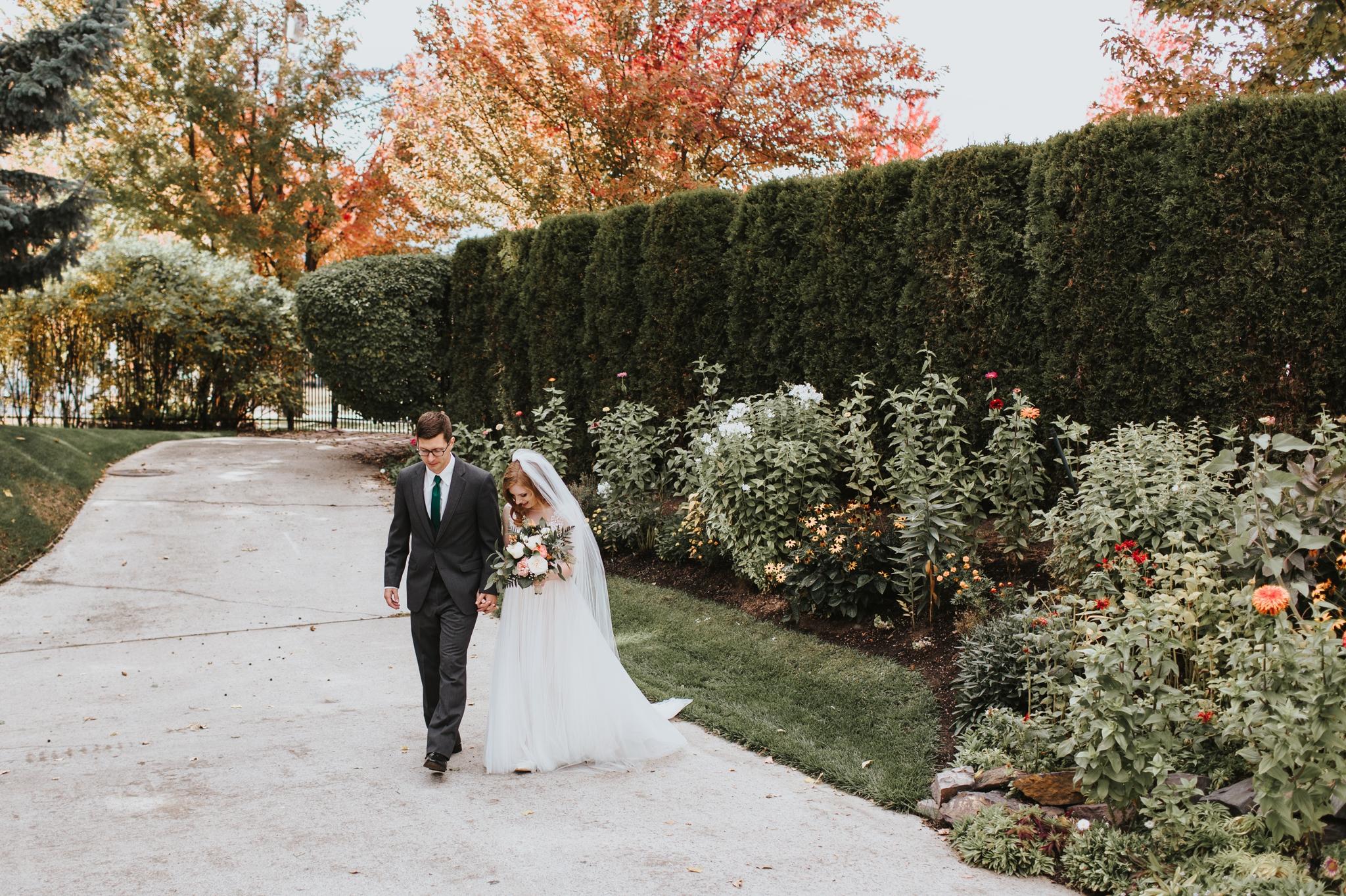 Glenna + Mat_MIssoula Wedding Photographer 1.jpg