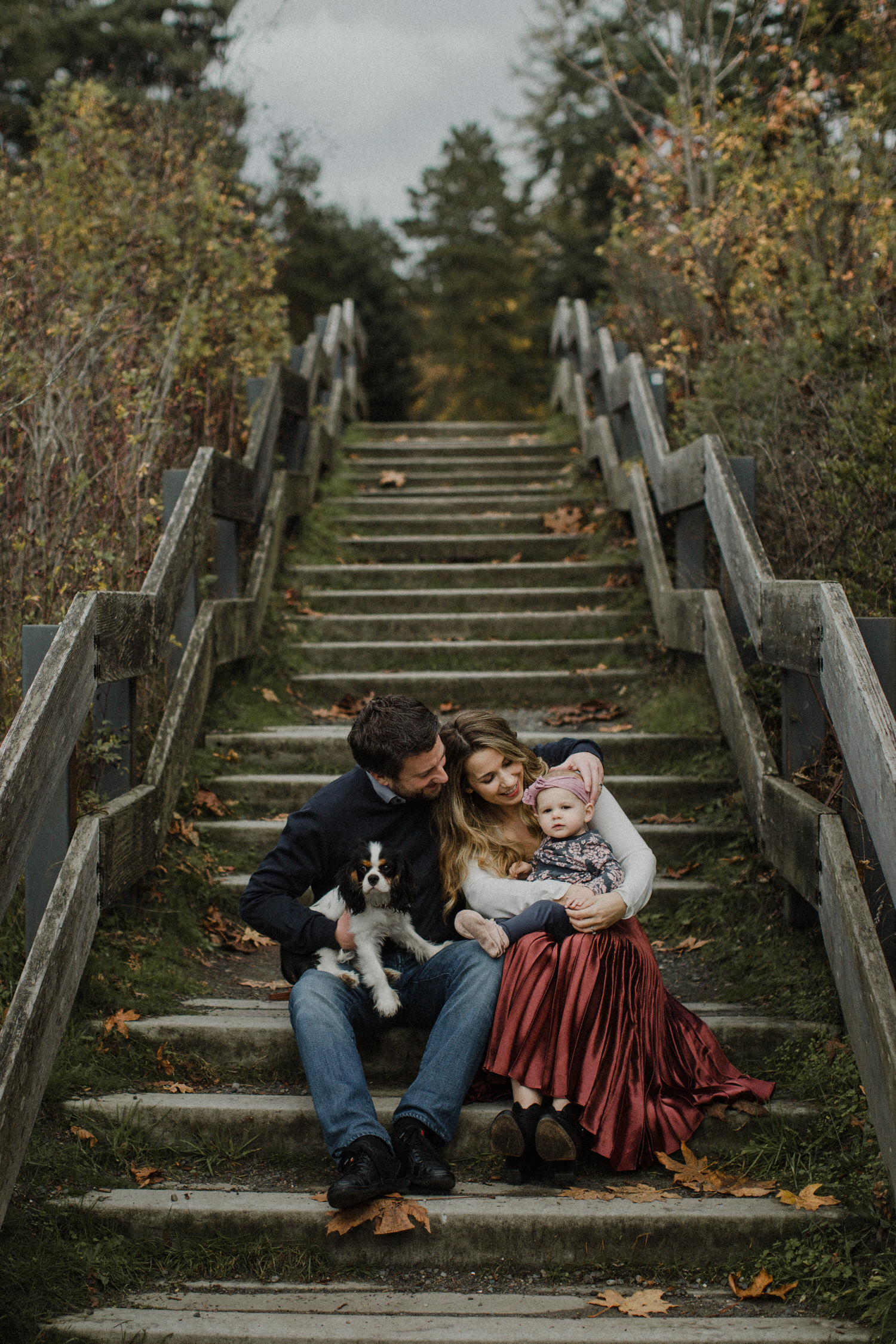 photo-of-seattle-family-photographer-at-carkeek-park-1-1.JPG