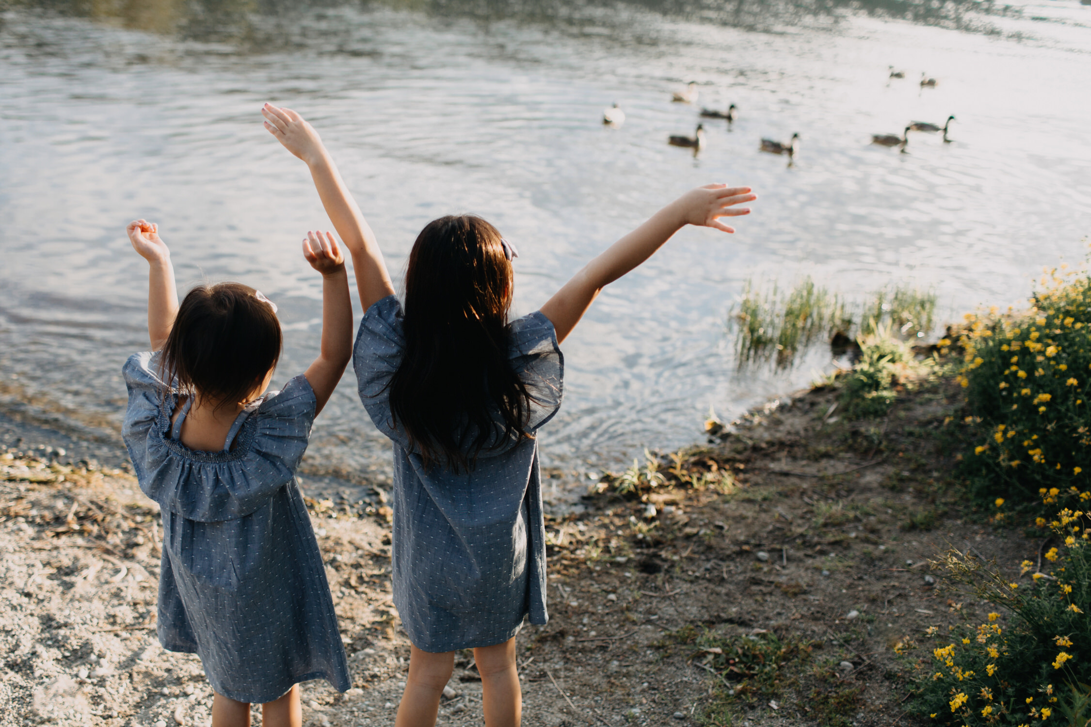photo-of-seattle-family-photographer-at-lake-sammamish-6-1.JPG