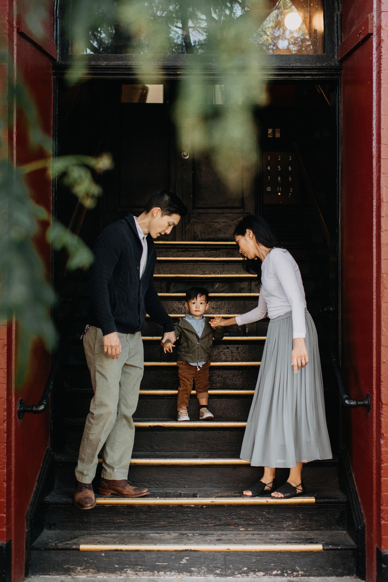 photo-of-seattle-family-photographer-in-ballard-6-1.JPG