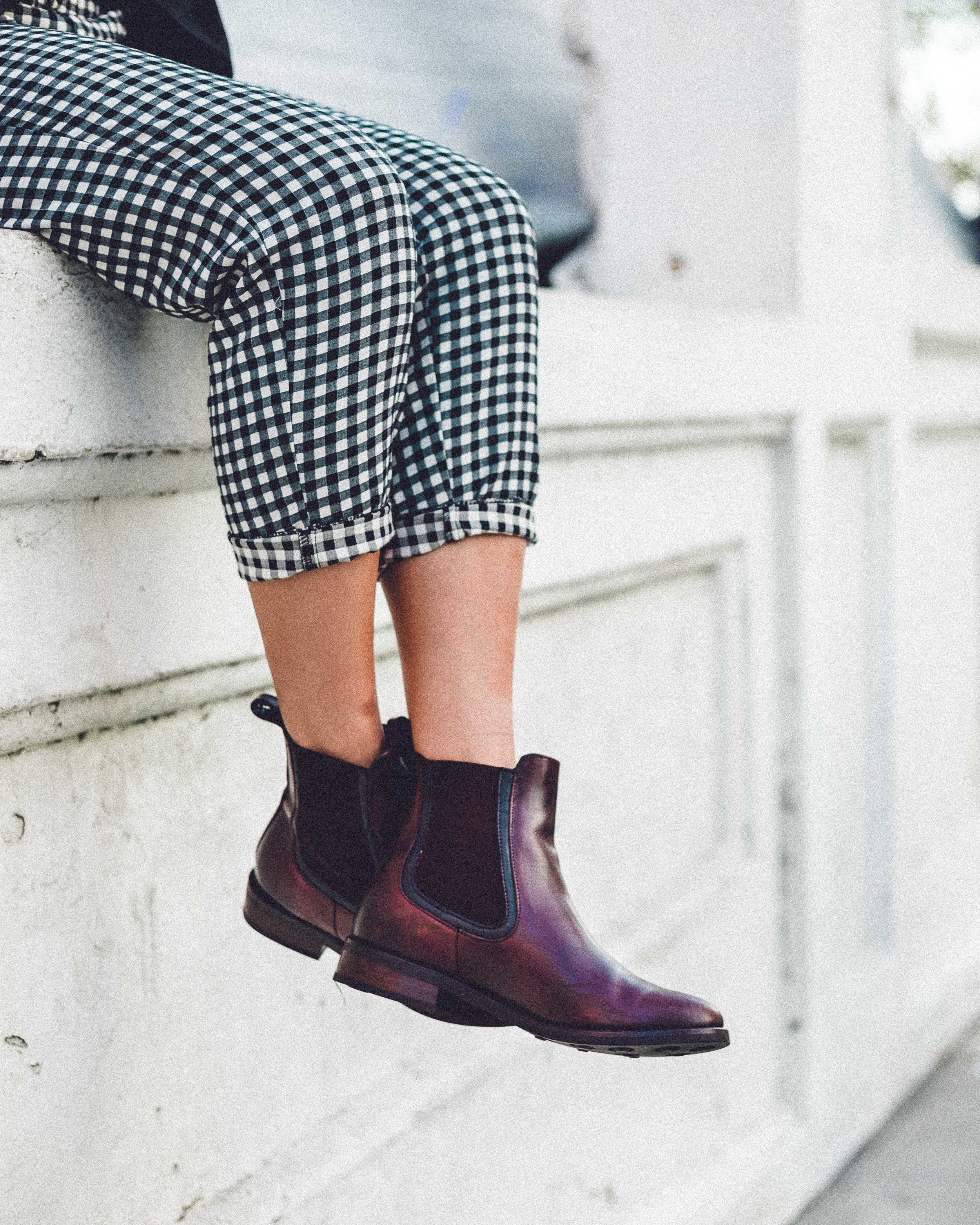 Rachel Off Duty: 4 Ankle Boots for Winter - Chelsea Boots
