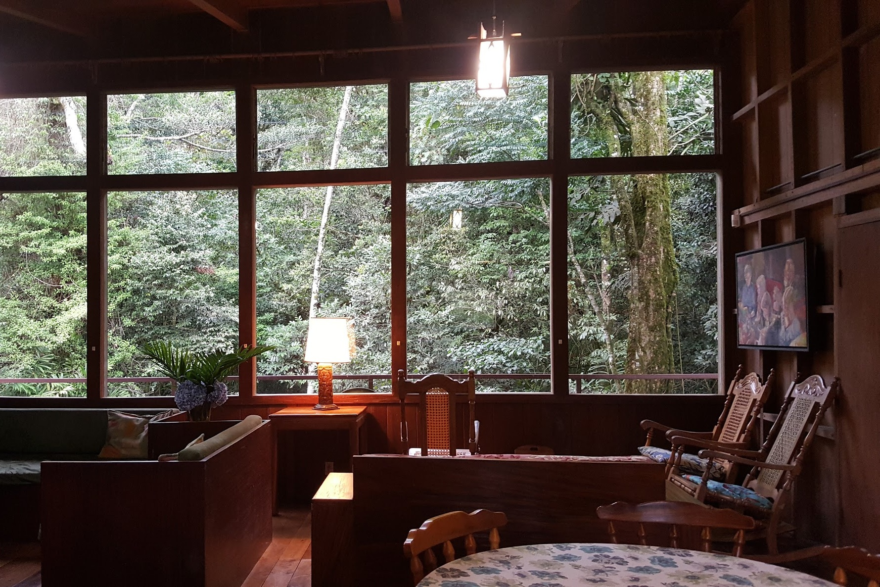 Privacy in the Heart of Monteverde - Monteverde, Costa RicaType: Entire HouseBeds: 1 king, 5 twins (sleeps 7)Cost: $$