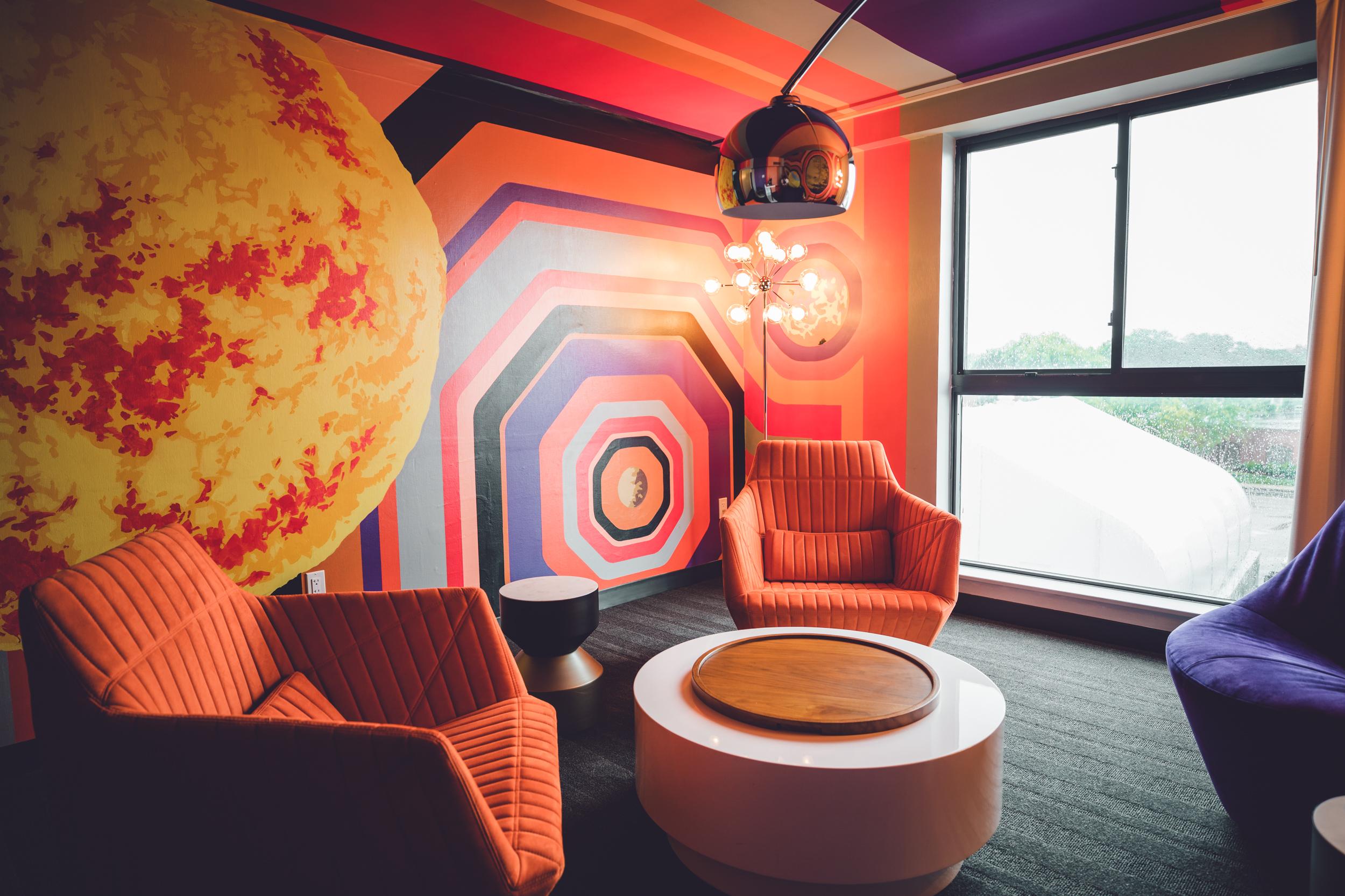 Rachel Off Duty: Hotel Studio Allston Boston - Hotel Review