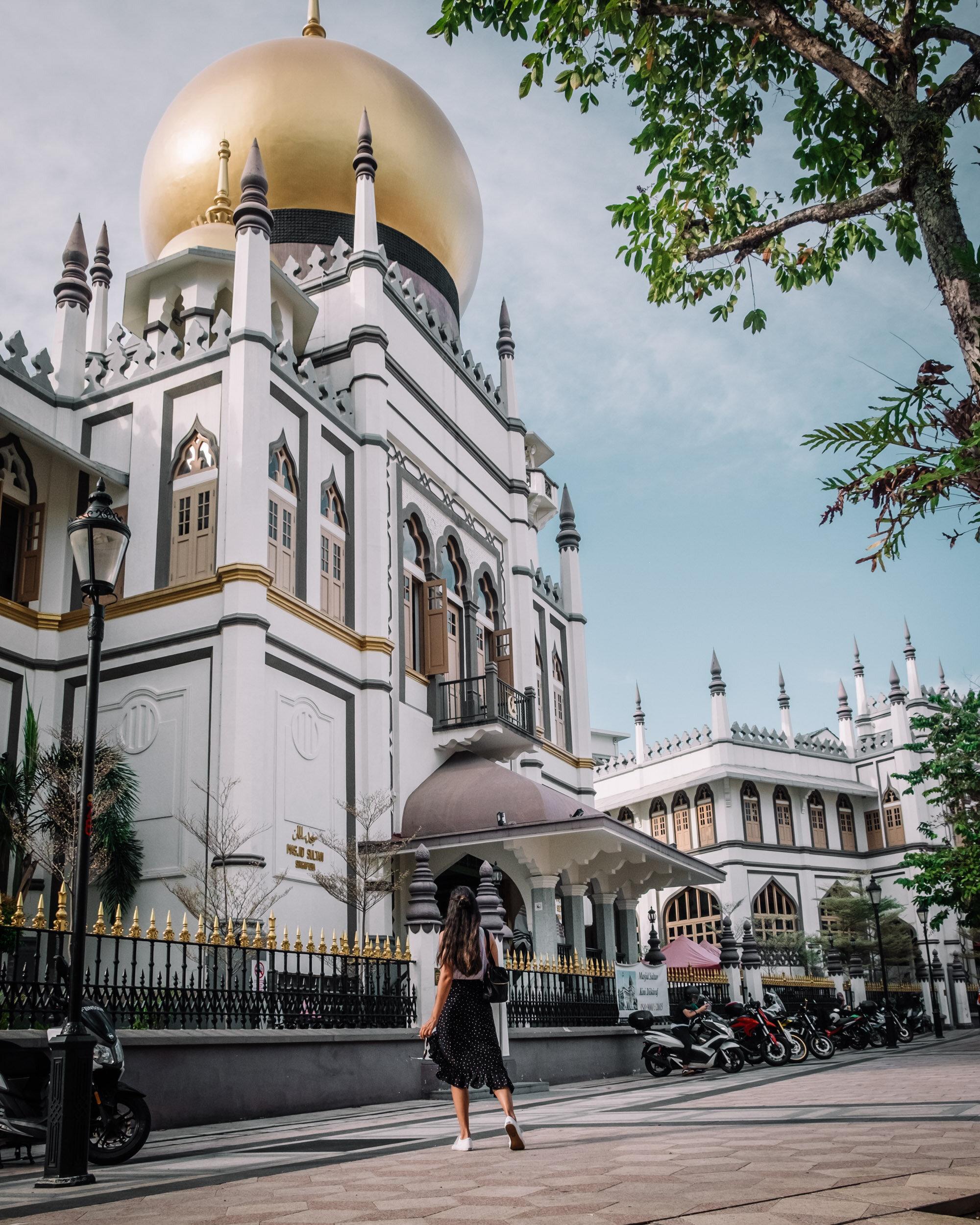 Rachel Off Duty: Rachel visiting Sultan Mosque, Singapore