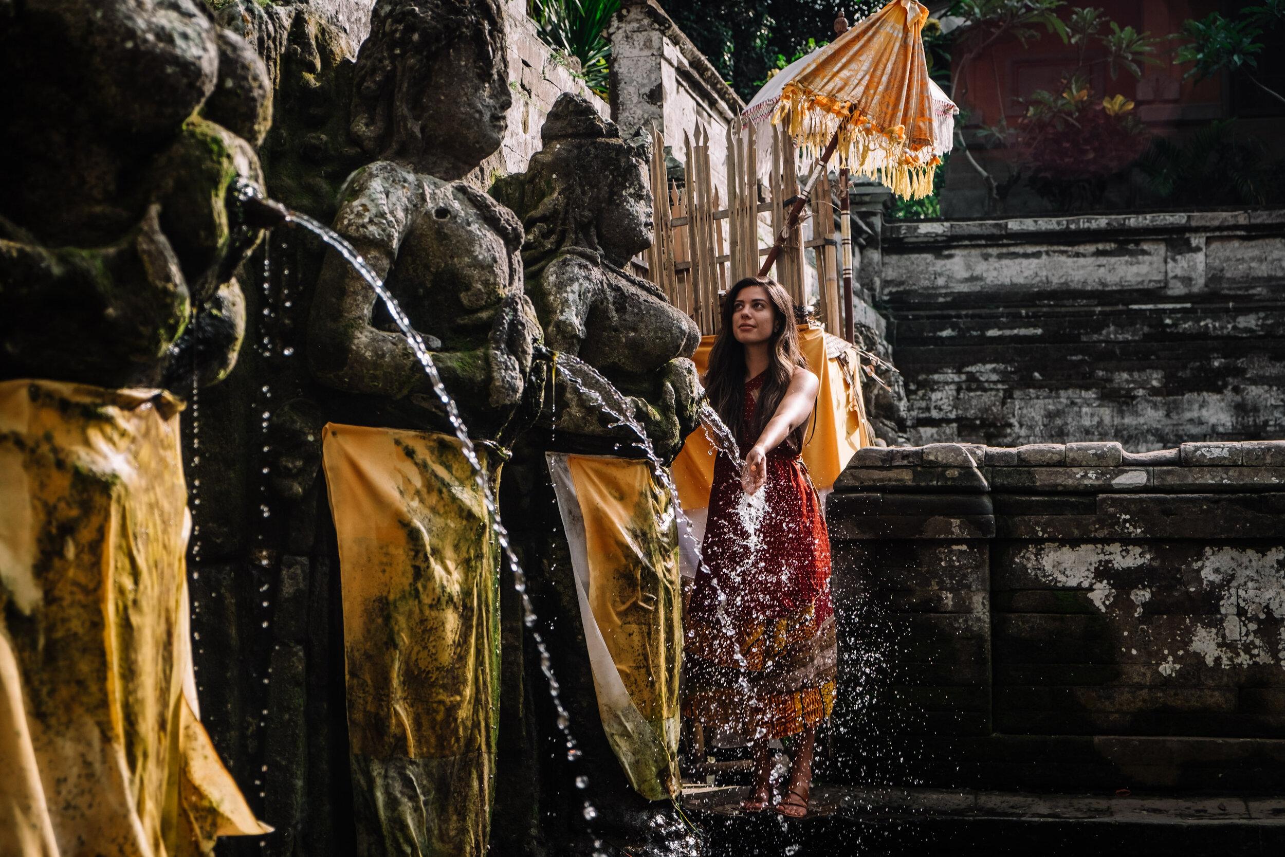 Rachel Off Duty: Woman in a Temple Near Ubud