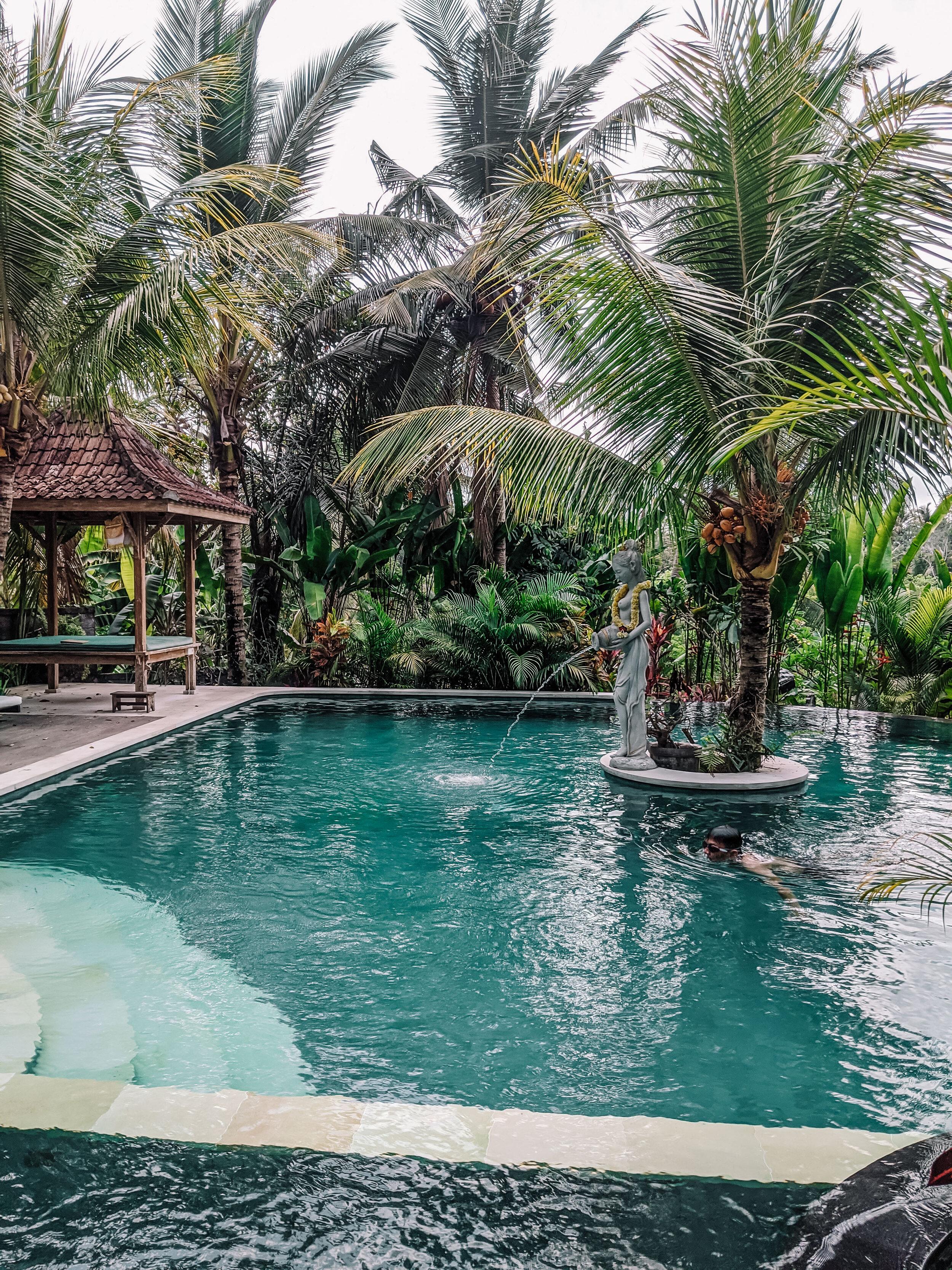 Rachel Off Duty: Alamdini Resort