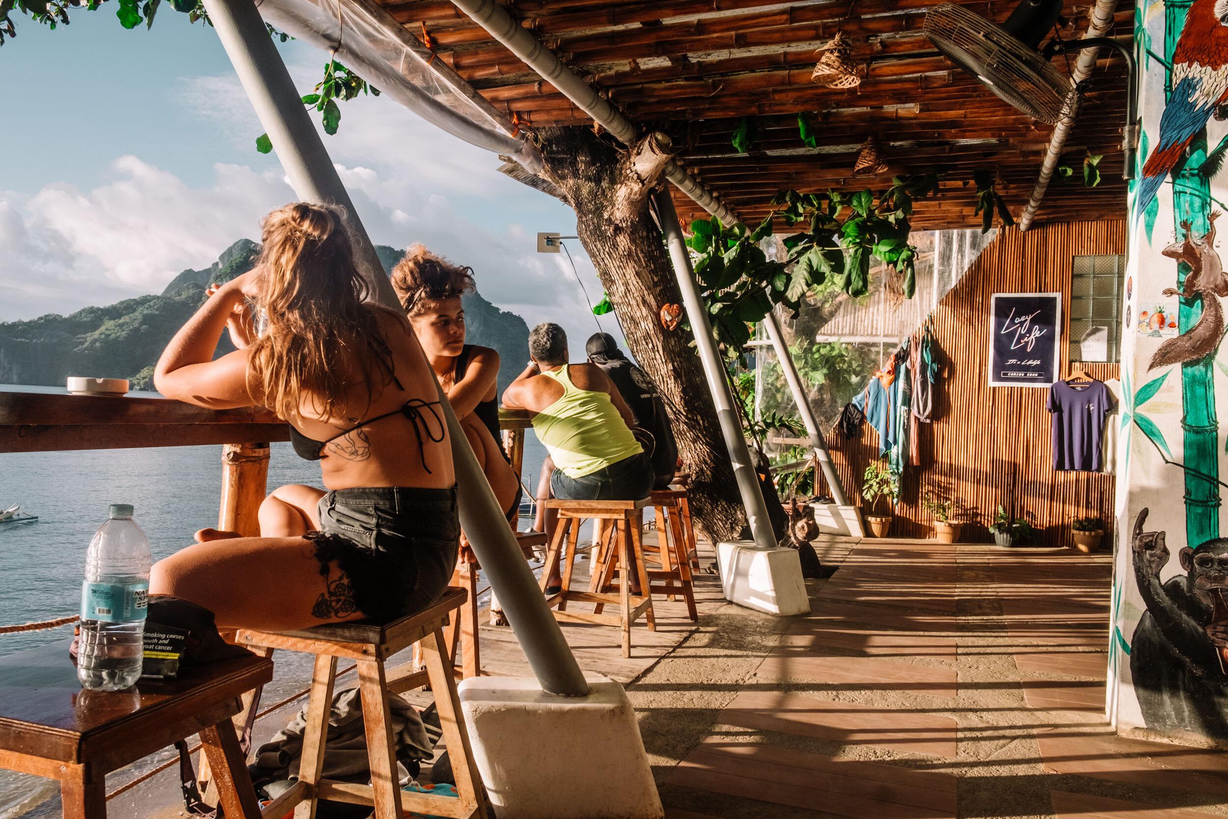 Rachel Off Duty: Outpost Beach Hostel, El Nido