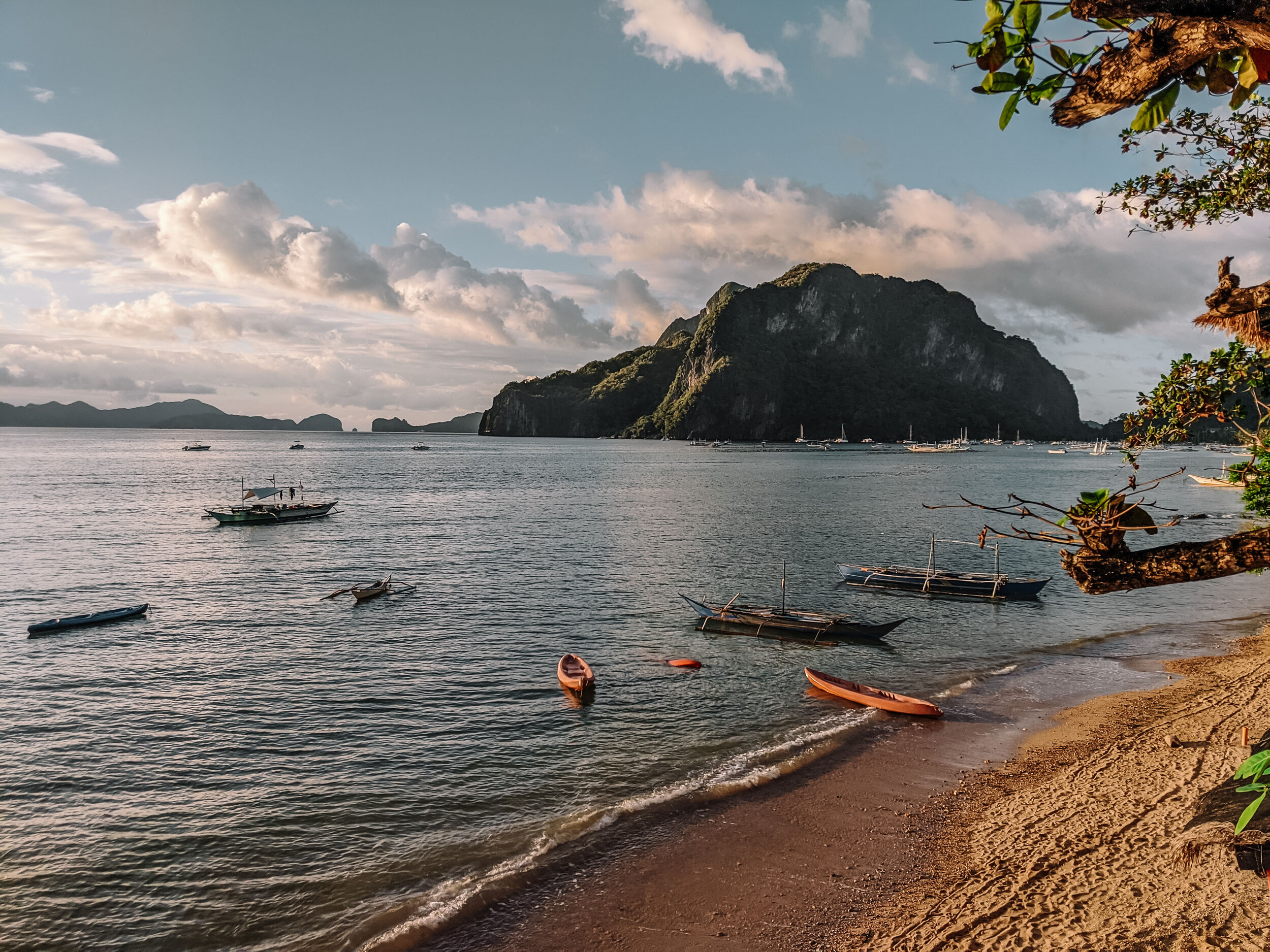 Rachel Off Duty: Corong-Corong Beach, El Nido, Philippines