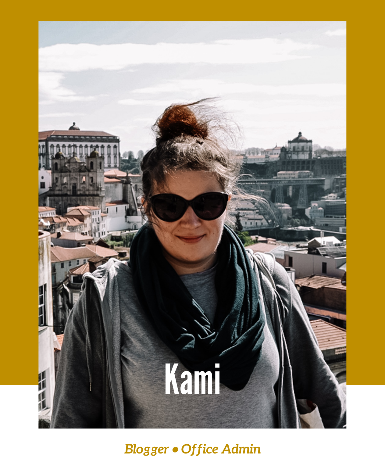 Kami is a Blogger and Office Admin