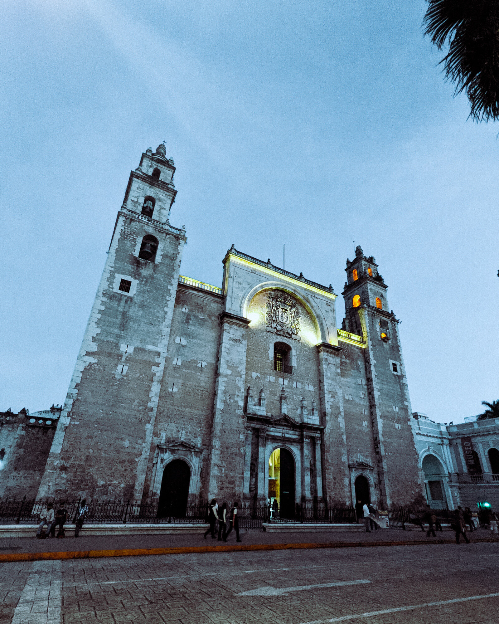 Rachel Off Duty: The Cathedral of Merida at Night