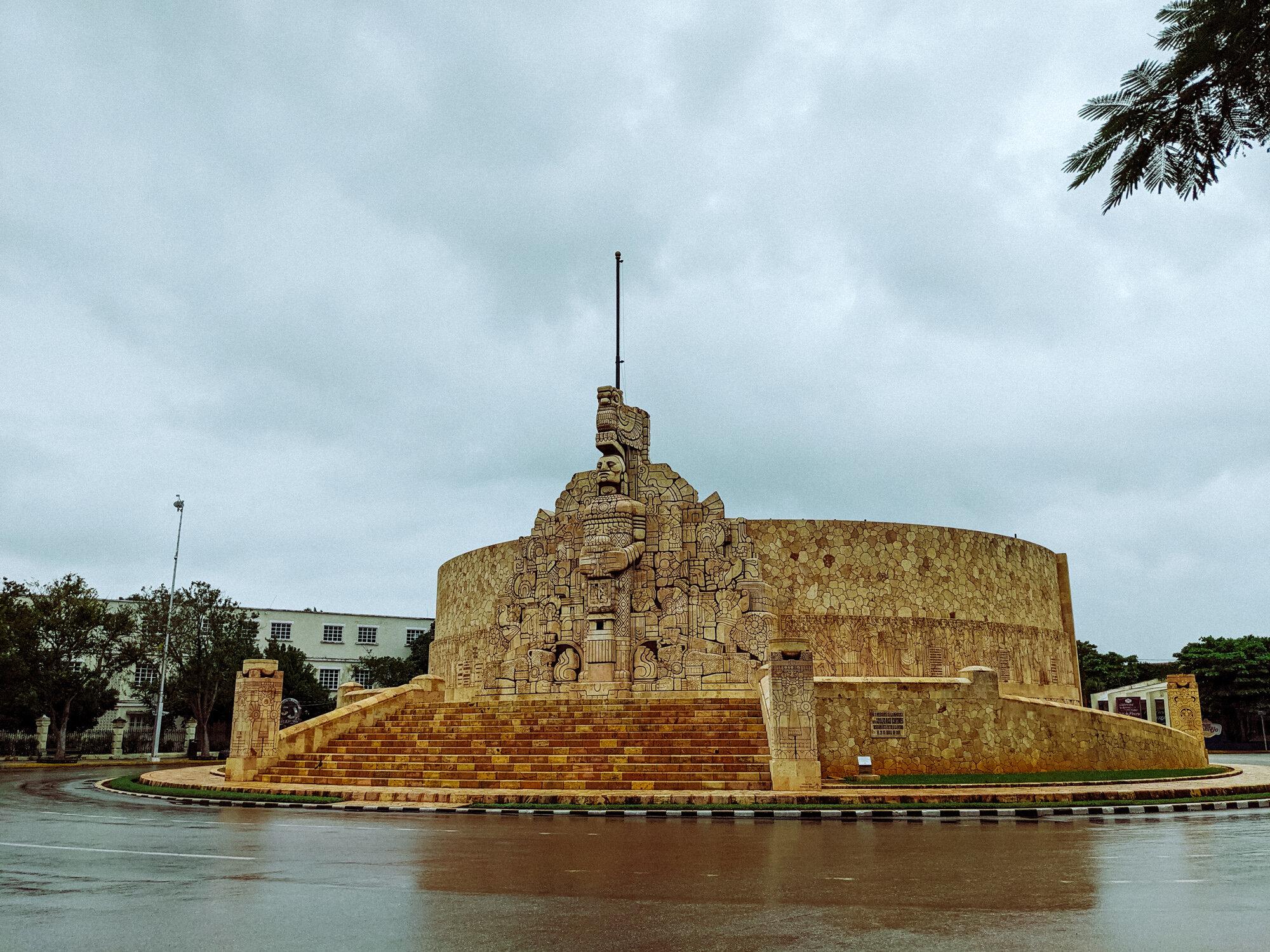 Rachel Off Duty: Monumento a la Patria, Merida, Mexico
