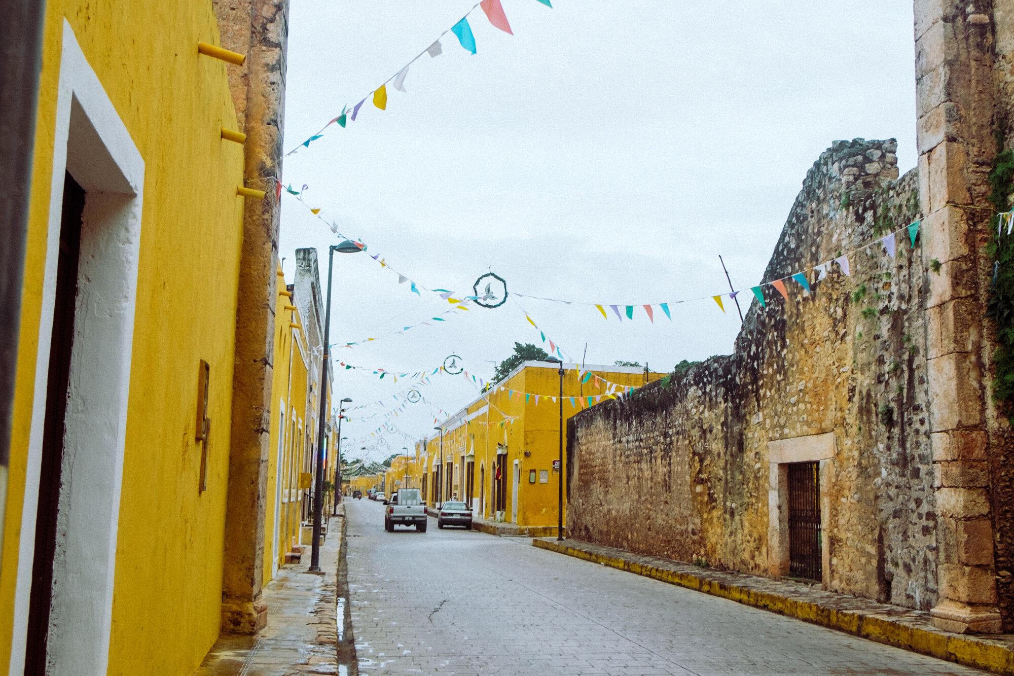 Rachel Off Duty: The Yellow, Cobblestoned Streets of Izamal