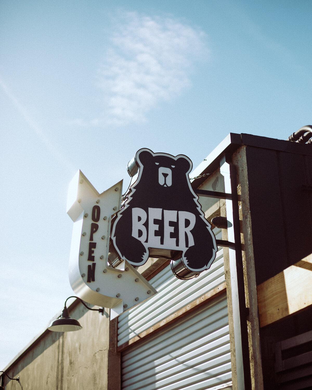 Rachel Off Duty: The Salty Bear Beer Sign in Costa Mesa