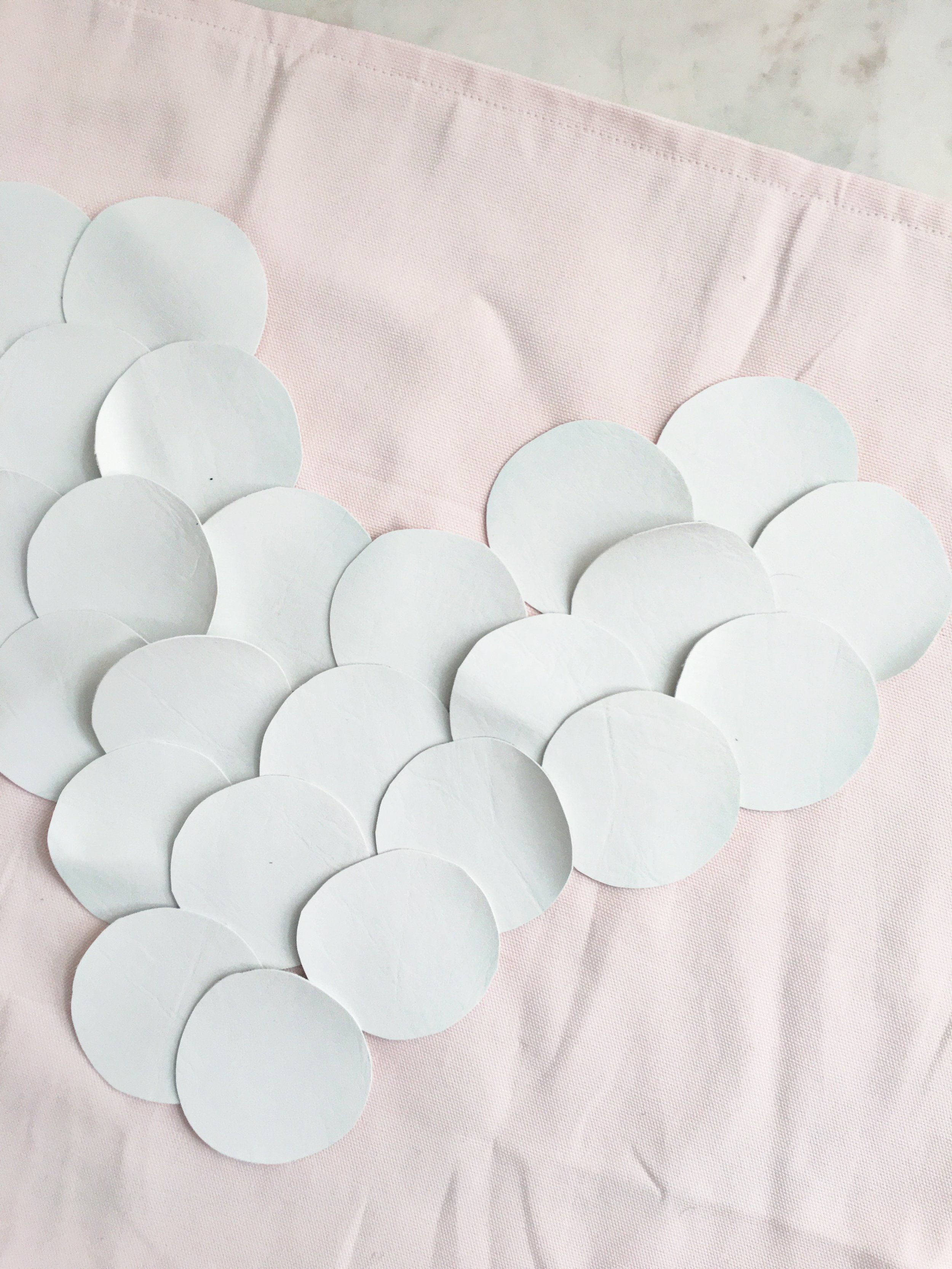 STEP TWO - Lay your circles on your pillowcase to get an idea of layout & if you will need anymore circles.Row 1 - 2 (Top of the Heart)Row 2 - 3Row 3 - 6Row 4 - 5Row 5 - 4Row 6 - 2Row 7 - 1 (Bottom of Heart)