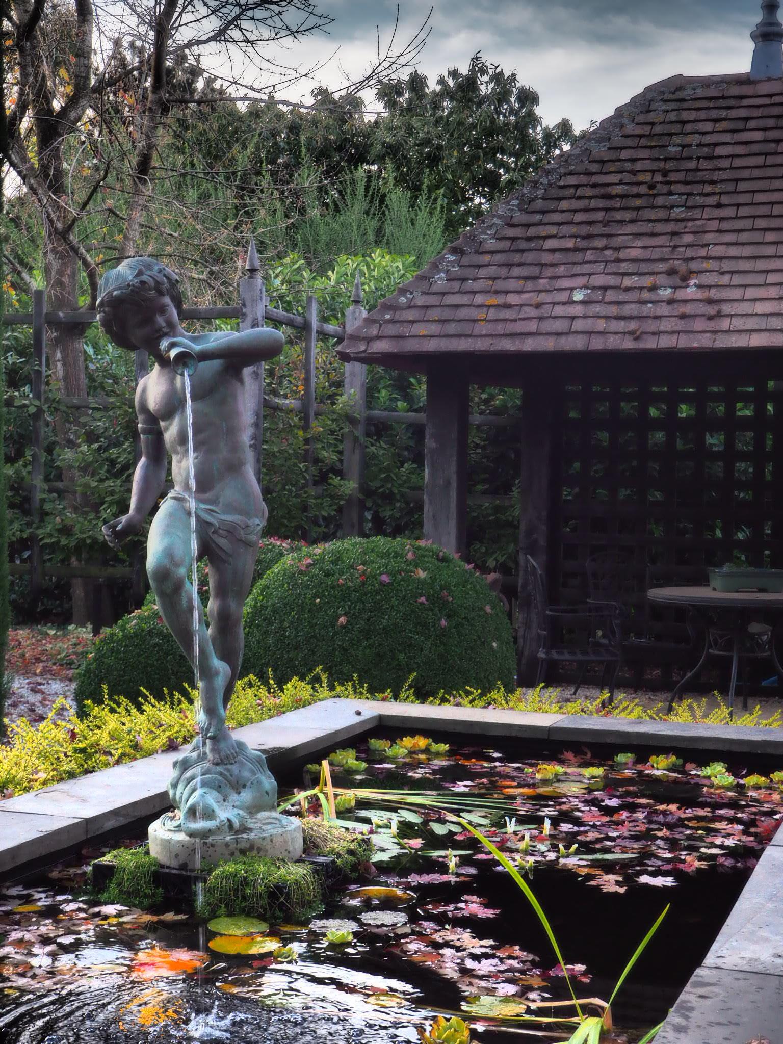 muskfarm_tank_garden_water_fountain_sculpture_IMG_3481.JPG