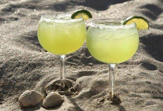 margaritas-in-the-sand.jpg