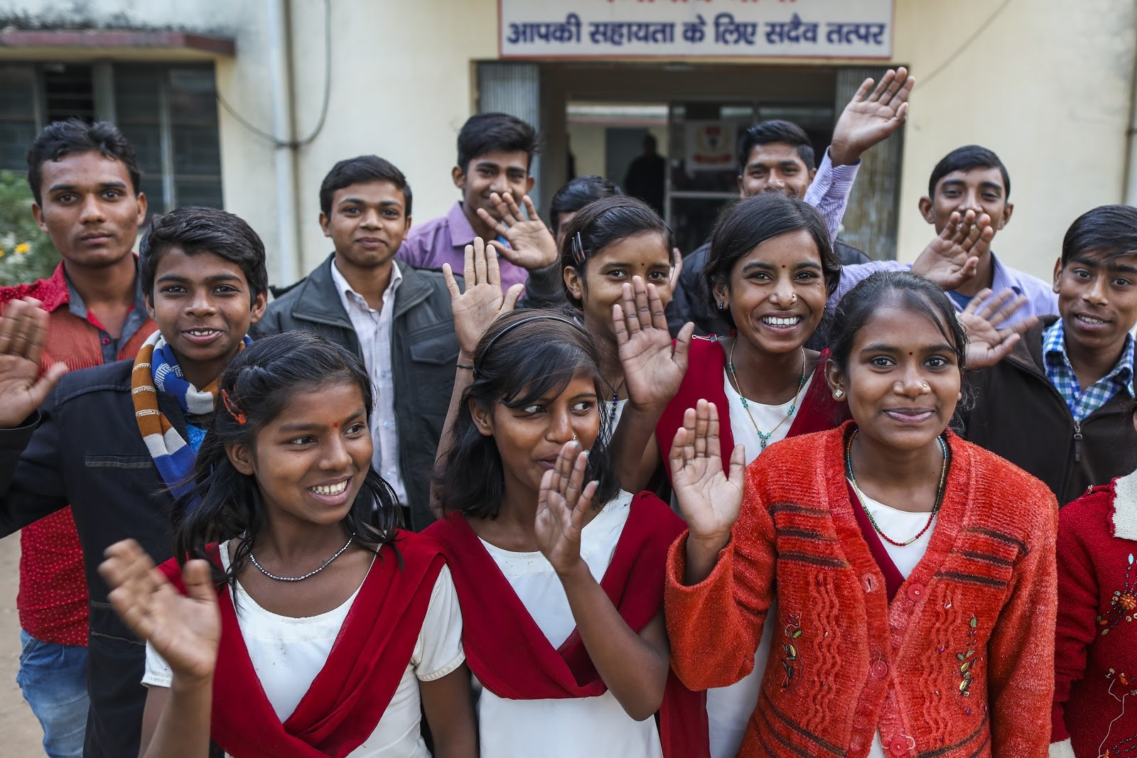 """Adolescent girls and boys group meet with police officers at """"Bal Mitra Koksh"""" to discuss issues regarding how to spread awareness of the evils of child marriage. (Source:  UNICEF  / Prashanth Vishwanathan)"""