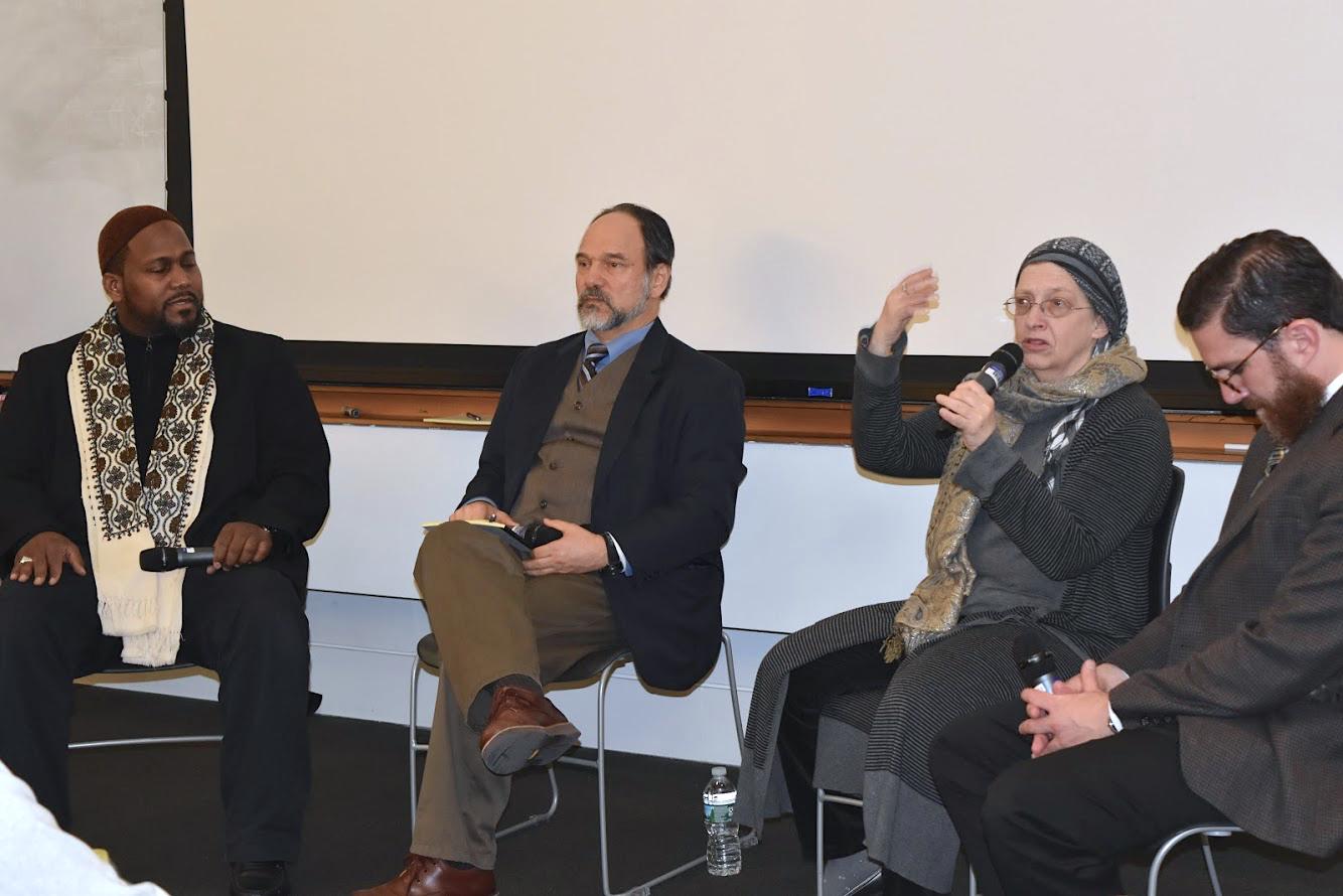 (From left to right: Imam Muhammad Adeyinka Mendes, Dr. Alan Godlas, Chaplain Rabia Harris, Dr. Walead Mosaad. Photo Credit: Ahmet Burak Cil)