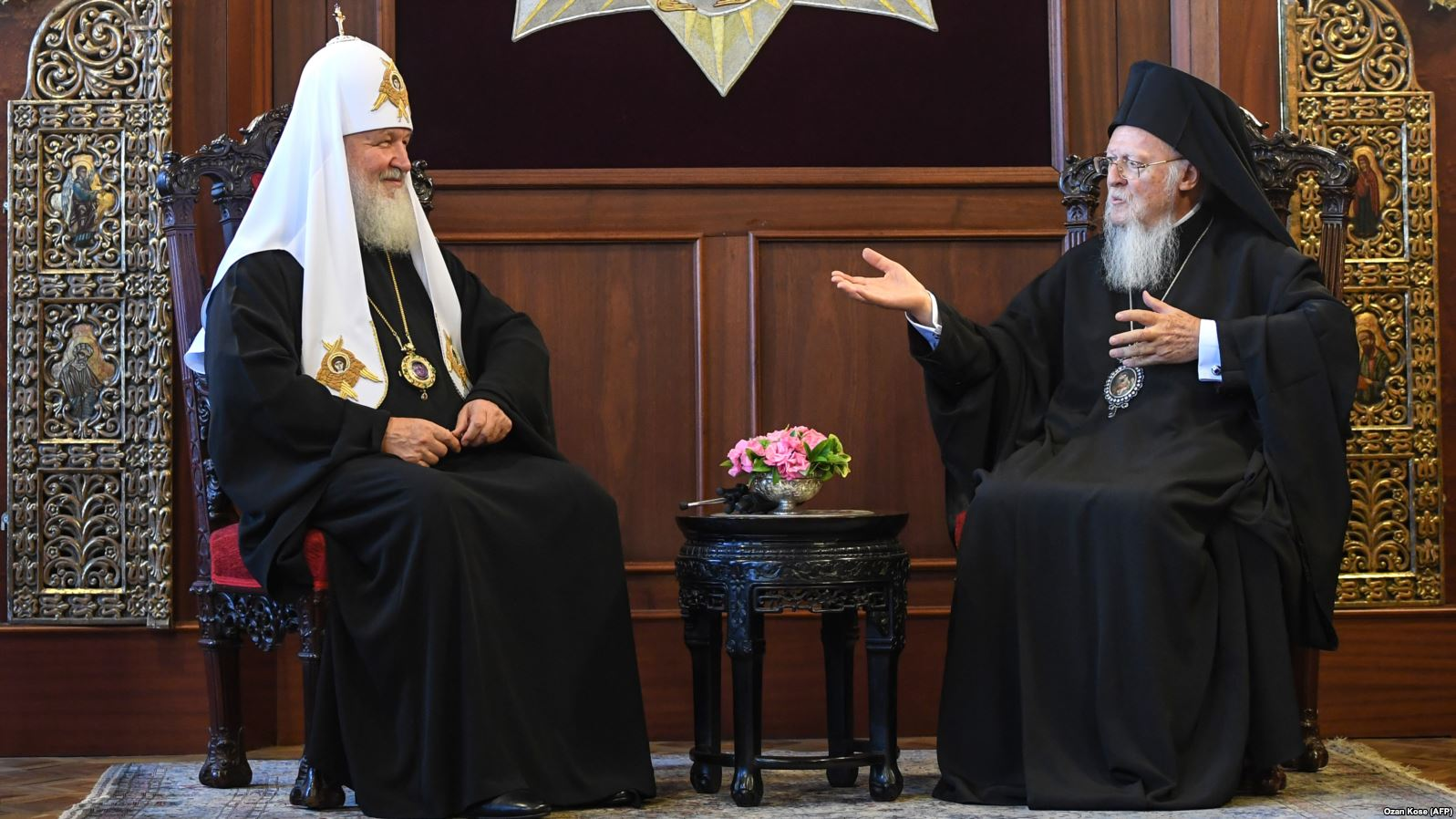 [Photo: His Holiness Kirill, Primate of the Russian Orthodox Church and Patriarch of Moscow and all Rus' (left), and His All-Holiness Bartholomew I, Archbishop of Constantinople and Ecumenical Patriarch (right), meet in the Church of St. George in Istanbul, Turkey on Aug. 31, 2018. Source:  Ozan Kose/AFP ]