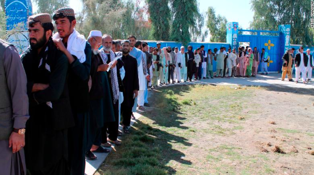 Voters lining up to cast their votes in the Helmand province of Afghanistan.  Photo: CNN