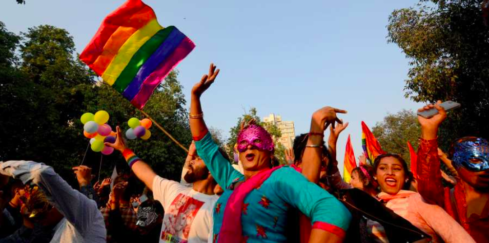 Thousands of people march with rainbow colored flags and outfits in Delhi;  Photo: EPS/Naveen Kumar