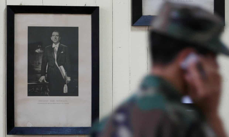 Picture of Eduardo Frei Montalva at a public school south of Santiago, Chile.  Photo:  Rodrigo Garrido/Reuters