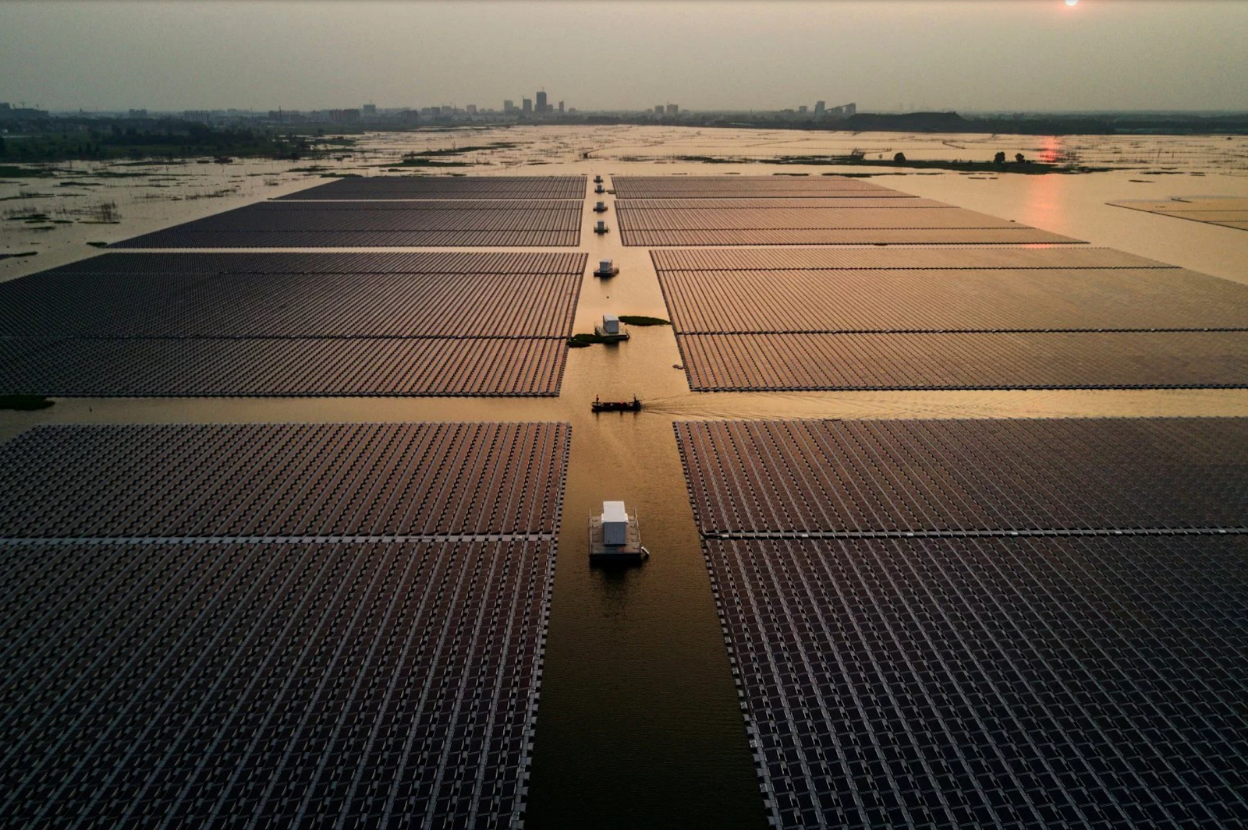 A large installation of floating solar in the Huainan solar farm in China. Photo:  TIME