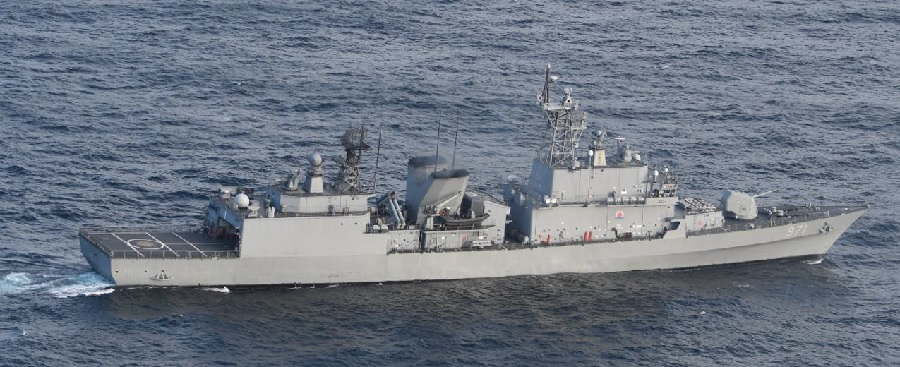 "Photo of the South Korean  Gwanggaeto the Great -class (KDX-I class) destroyer that allegedly ""locked-on"" a P-1 patrol aircraft off the coast of the Noto Peninsula on December 20, 2018. Credit:  Japan Ministry of Defense"