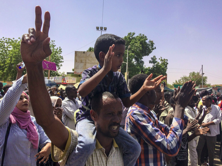 In the capital, Khartoum, protestors demonstrate near the military headquarters on April 6, 2019. Photo:  AP Photo