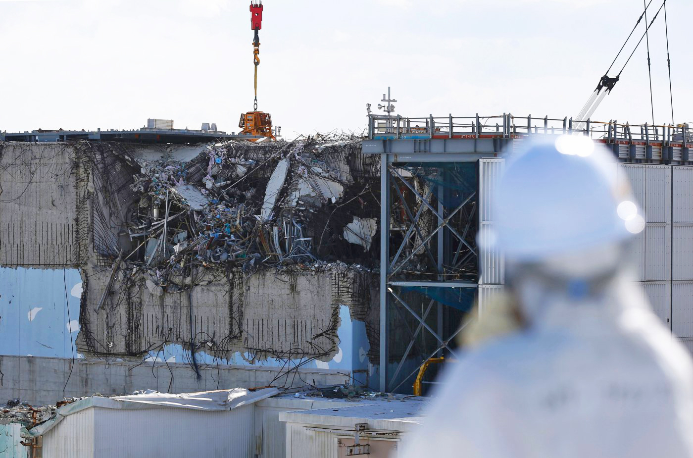A closer look at the damaged Fukushima No. 3 reactor. Photo:  Engadget
