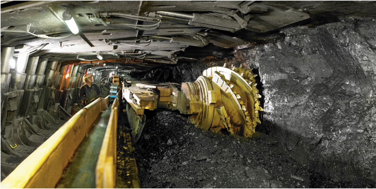 Inside a coal mine. Photo:  Wikimedia Commons
