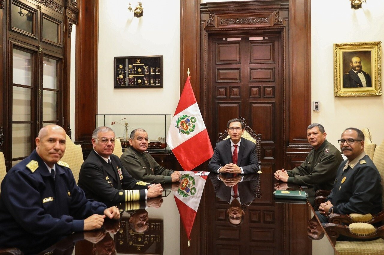 President Vizcarra received the support of the Armed Forces and the National Police. Photo:  Twitter