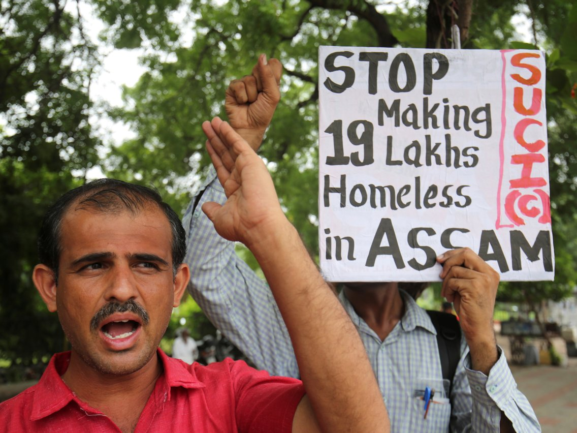 Activists protesting the injustice of the displacement of millions of Indians. Photo:  Reuters/Amit Dave
