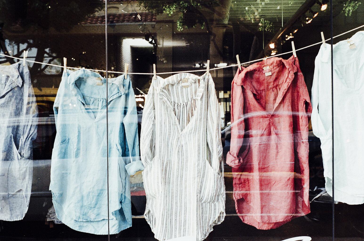 Page365-เปิดร้านขายอะไรดี-เปิดร้านขายเสื้อผ้า.jpg