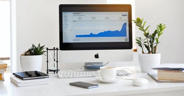 Page365-ขายอะไรดีช่วงโควิด-อุปกรณ์บนโต๊ะทำงาน.jpg