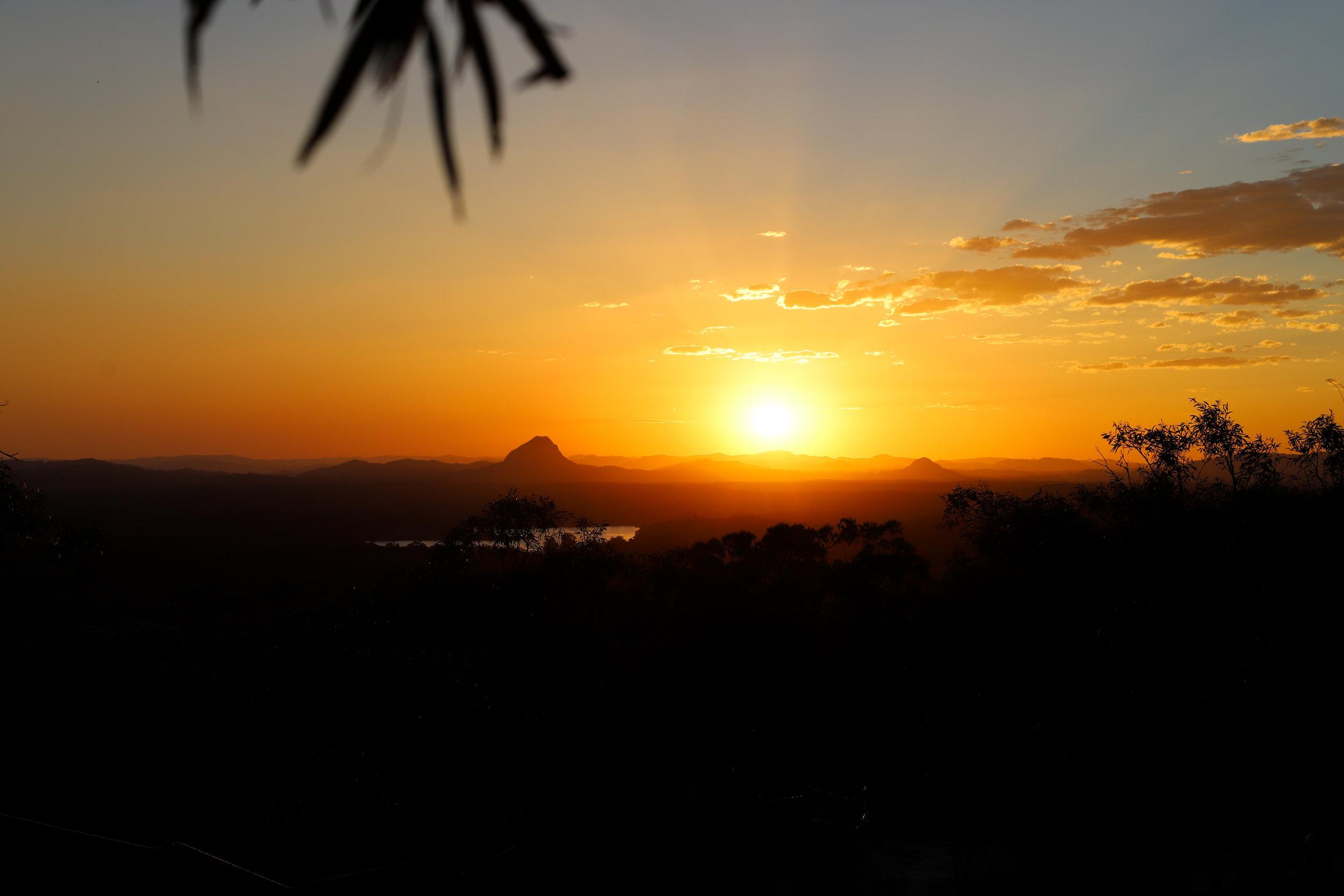 Mt Tinbeerwah sunset 18 aug'18.jpg