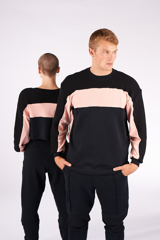 Girls love Boys. - Wir feiern Unisex Looks! Das anziehen, was unser Freund trägt. Kleidungsstücke von unseren Brüdern klauen. Und Männer dürfen Rosa tragen! Alles ist erlaubt und wir haben für euch einen Style kreiert, der bei allen gut ankommt.