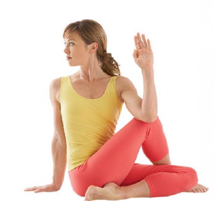 sciatica-posa-yoga benefici cura annalisa bachmann bra cuneo torino studio shiatsu trattamento medicina naturale alternativa KI ENERGIA.jpeg