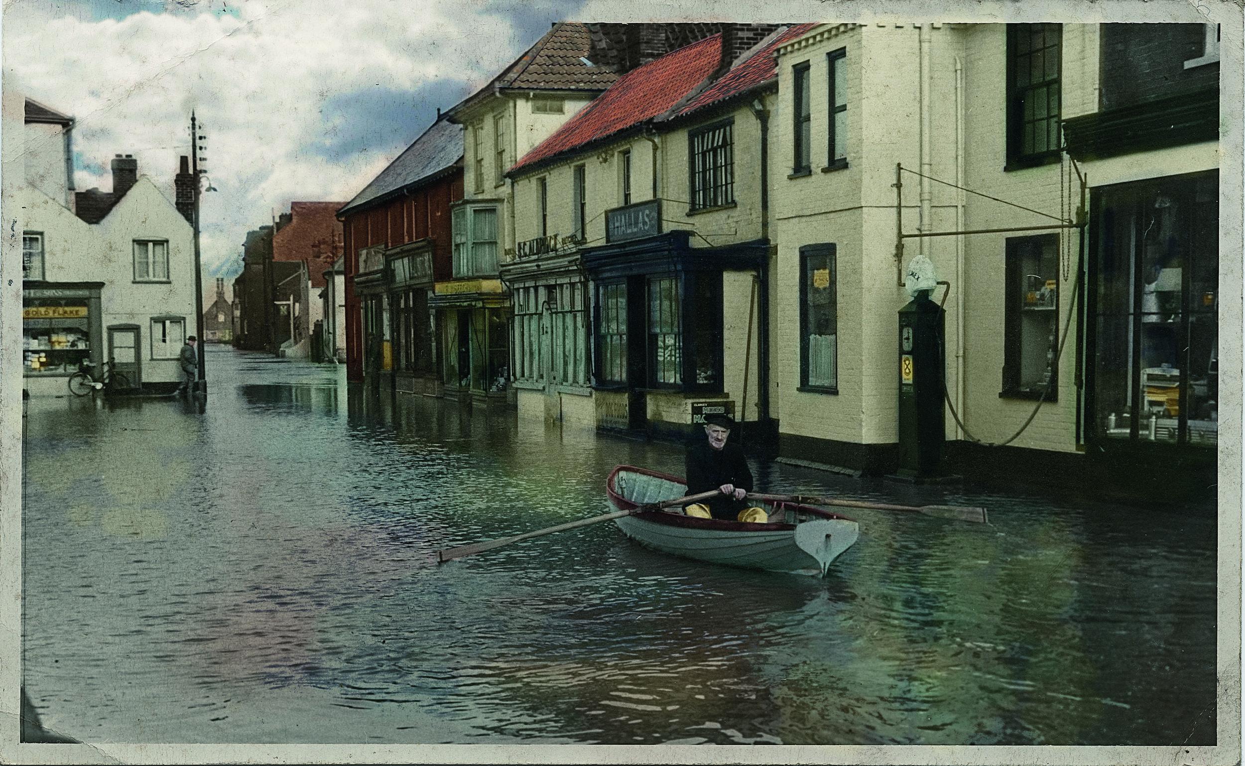 rowing boat aldeburgh flood 1953.jpg