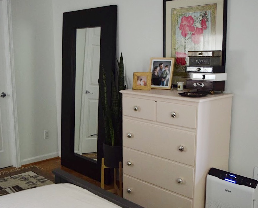 Dresser and Mirror.jpg