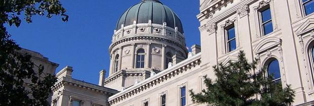 800px-Indiana_State_House_21_1.jpg